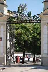 2010-06-26 - Portail d'une université